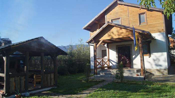 Дом  посуточно в Яремче. г. Яремче район, ул. Свободы, 247. Фото 1