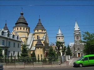 ivano-frankovsk_tserkva_doba.ua.jpg