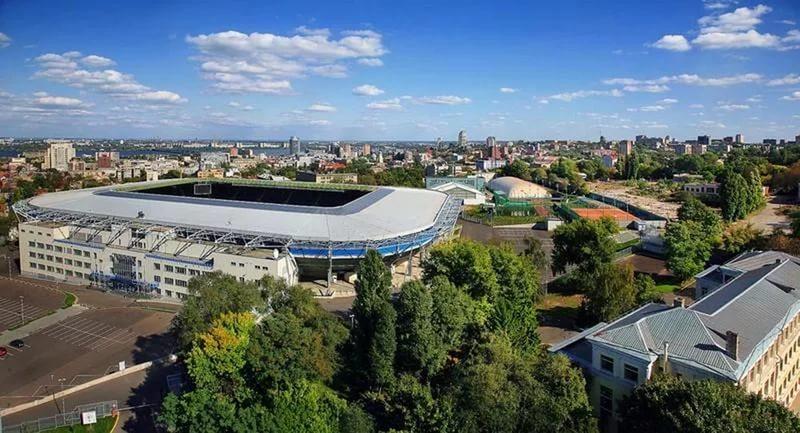 Днепр-Арена-стадион.jpg