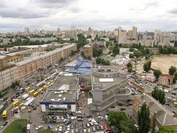 Жилье_посуточно_возле_метро_Лукьяновка.jpg