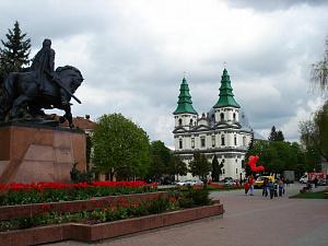 ternopil_tserkva_doba.ua.jpg